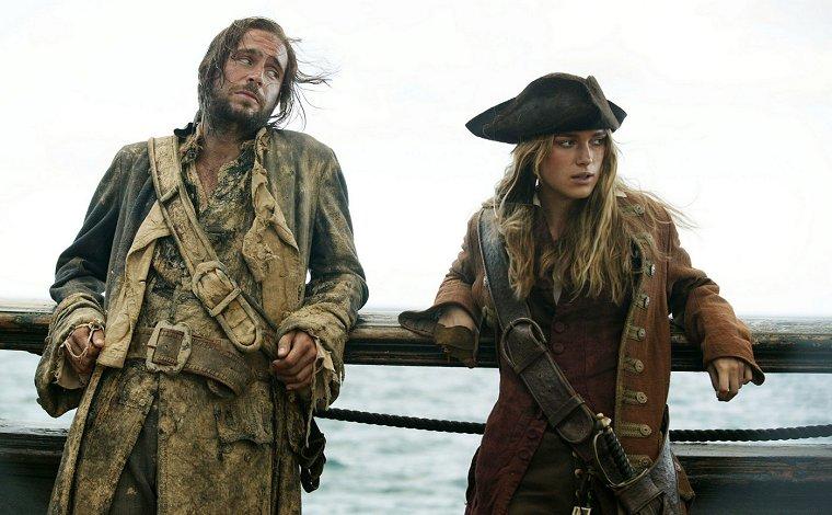 piratesofthecaribbeandeadmanschest_keira