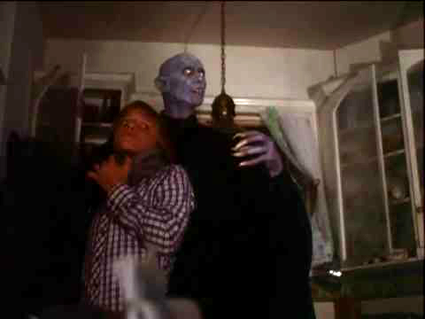 salemslot1979fingers